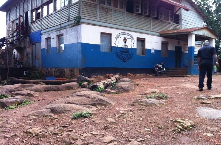 School & Rocks 2